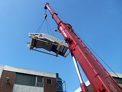 The 3.5 t colossus was transported with a special crane.