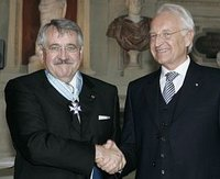 Bavarian Prime Minister honours the wastewater expert for his outstanding services