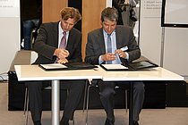 Signing the contract for sludge2energy GmbH by Huber & WTE